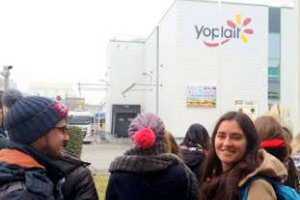 vignette Visit to Yoplait company